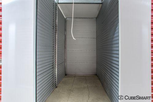 CubeSmart Self Storage - Columbus - 4061 Roberts Rd 4061 Roberts Rd Columbus, OH - Photo 4