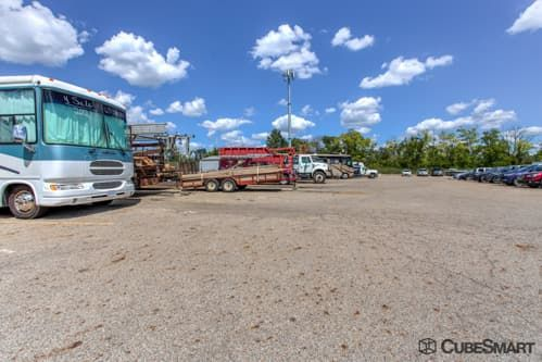 CubeSmart Self Storage - Columbus - 4061 Roberts Rd 4061 Roberts Rd Columbus, OH - Photo 9