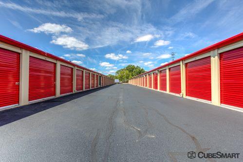 CubeSmart Self Storage - Columbus - 3391 S High St 3391 S High St Columbus, OH - Photo 4