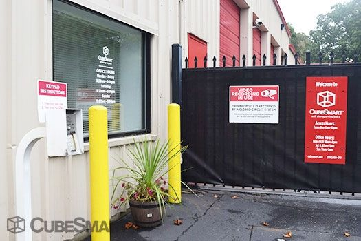 CubeSmart Self Storage - Patchogue - 257 Waverly Avenue 257 Waverly Avenue Patchogue, NY - Photo 2