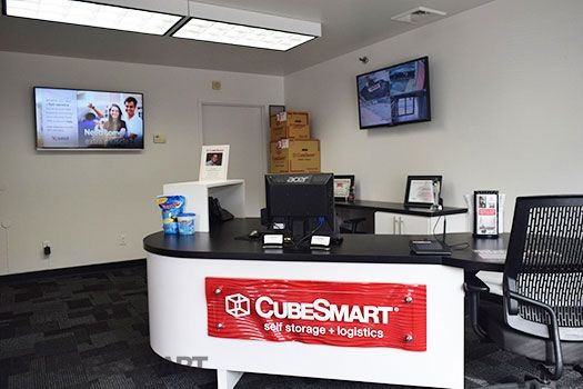 CubeSmart Self Storage - Patchogue - 257 Waverly Avenue 257 Waverly Avenue Patchogue, NY - Photo 12