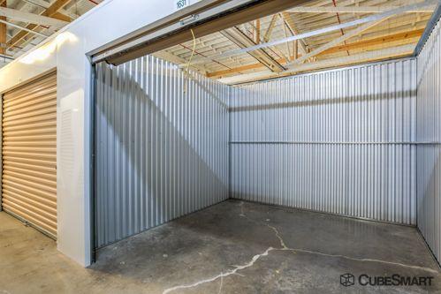 CubeSmart Self Storage - Chicago - 6201 Harlem Avenue 6201 S Harlem Ave Chicago, IL - Photo 4