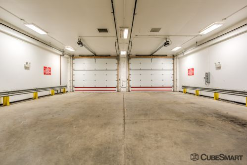 CubeSmart Self Storage - Chicago - 6201 Harlem Avenue 6201 S Harlem Ave Chicago, IL - Photo 5
