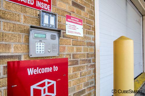 CubeSmart Self Storage - Chicago - 6201 Harlem Avenue 6201 S Harlem Ave Chicago, IL - Photo 6