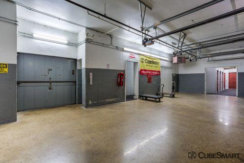 CubeSmart Self Storage - Chicago - 2647 N Western Ave 2647 N Western Ave Chicago, IL - Photo 4
