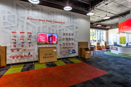 CubeSmart Self Storage - Chicago - 2647 N Western Ave 2647 N Western Ave Chicago, IL - Photo 6