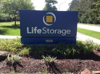 Life Storage - Houston - West Lake Houston Parkway 1950 West Lake Houston Parkway Houston, TX - Photo 1