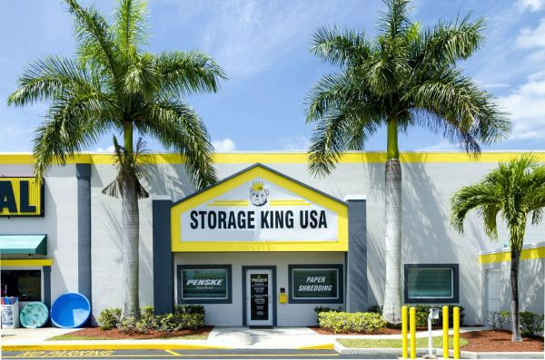 Storage King USA - Fort Pierce 4892 Okeechobee Road Fort Pierce, FL - Photo 1