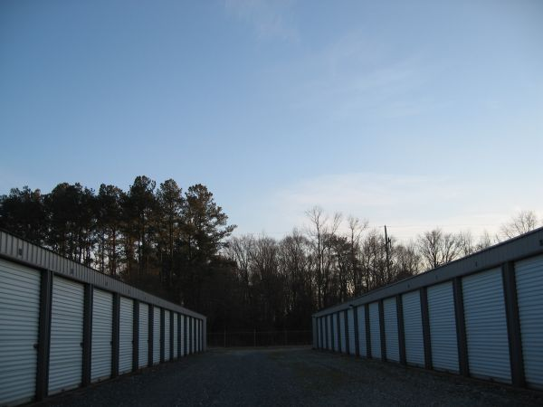 Stonebrooke Self Storage 6891 Zion Church Rd Salisbury, MD - Photo 2