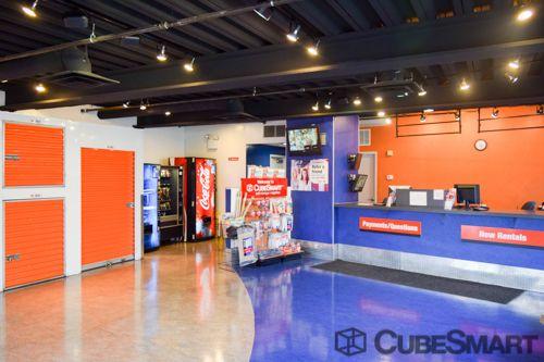 CubeSmart Self Storage - Long Island City - 38-01 47th Avenue 38-01 47th Avenue Long Island City, NY - Photo 4