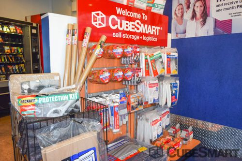 CubeSmart Self Storage - Long Island City - 38-01 47th Avenue 38-01 47th Avenue Long Island City, NY - Photo 5