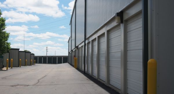 Michigan Storage Centers - Grand River 39000 Grand River Avenue Farmington, MI - Photo 4