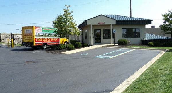 Michigan Storage Centers - Grand River 39000 Grand River Avenue Farmington, MI - Photo 8