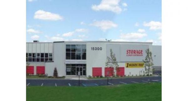 Michigan Storage Centers - 8 Mile 15300 Eight Mile Road Oak Park, MI - Photo 1