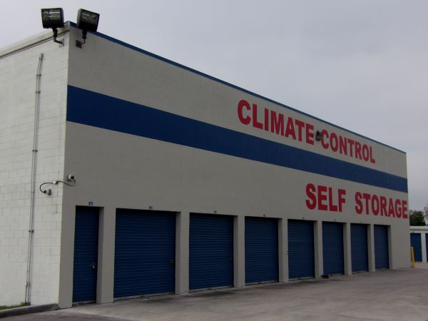 US Storage Centers - Winter Park 7000 Aloma Ave Winter Park, FL - Photo 4