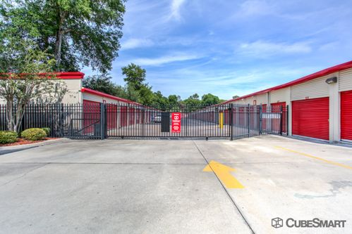 CubeSmart Self Storage - Orlando - 5301 N Pine Hills Rd 5301 N Pine Hills Rd Orlando, FL - Photo 3