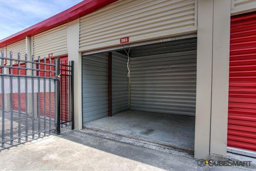 CubeSmart Self Storage - Orlando - 5301 N Pine Hills Rd 5301 N Pine Hills Rd Orlando, FL - Photo 5