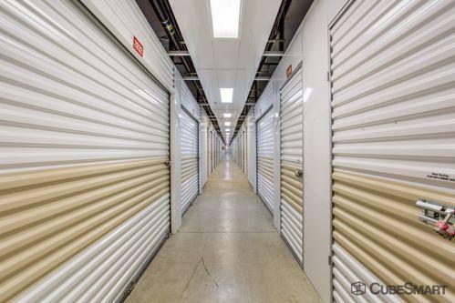 CubeSmart Self Storage - Orlando - 5301 N Pine Hills Rd 5301 N Pine Hills Rd Orlando, FL - Photo 6