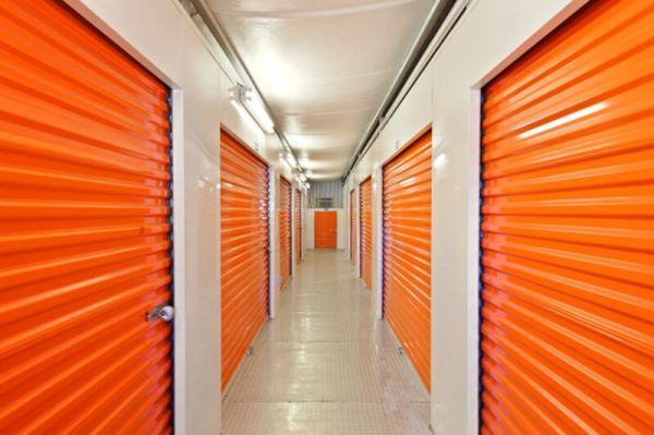 Personal Mini Storage - Orlando - 6325 Edgewater Dr 6325 Edgewater Dr Orlando, FL - Photo 3