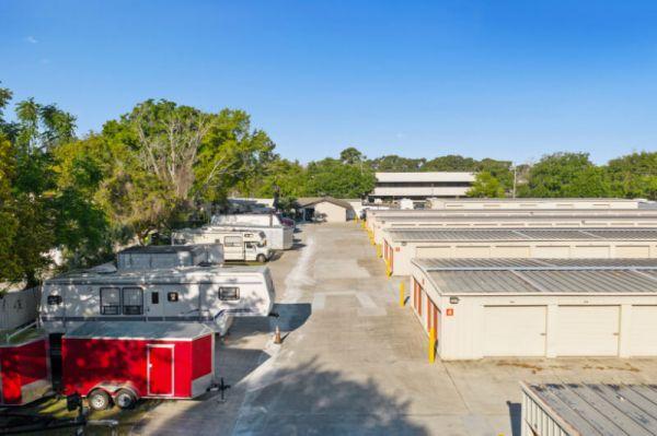Personal Mini Storage - Orlando - 6325 Edgewater Dr 6325 Edgewater Dr Orlando, FL - Photo 4