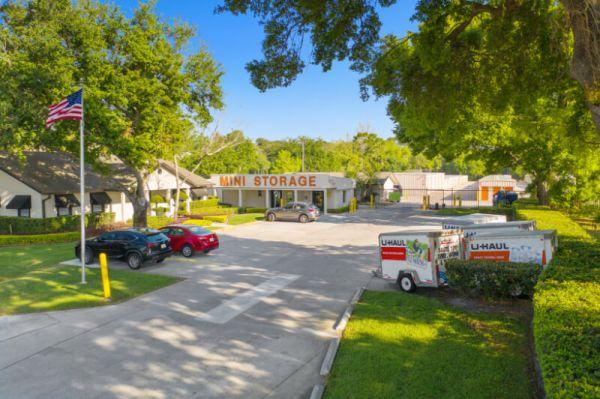 Personal Mini Storage - Orlando - 6325 Edgewater Dr 6325 Edgewater Dr Orlando, FL - Photo 6