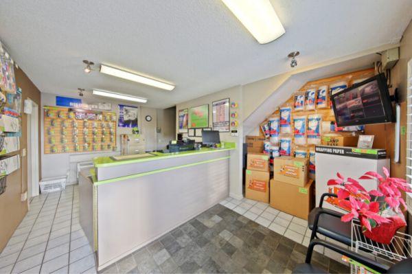 Personal Mini Storage - Kissimmee - 1404 E Vine St 1404 E Vine St Kissimmee, FL - Photo 5