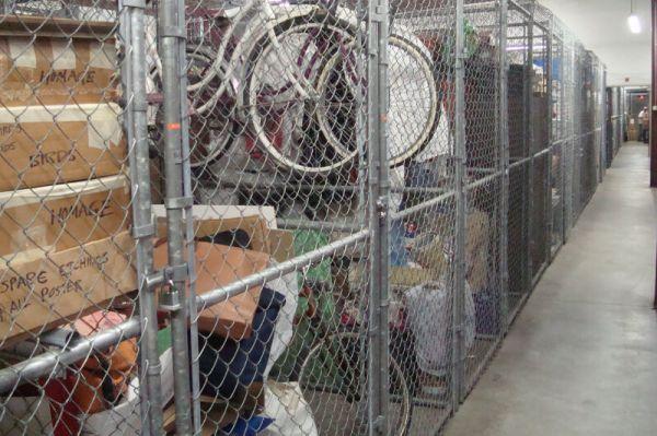 Extra Closet Storage - St Petersburg - 2401 Anvil St N 2401 Anvil St N St Petersburg, FL - Photo 4