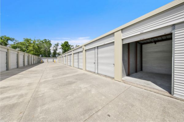 Personal Mini Storage - Apopka - 777 Piedmont Wekiwa Rd 777 Piedmont Wekiwa Rd Apopka, FL - Photo 2