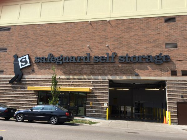 Safeguard Self Storage - Chicago - West Rogers Park 6014 North California Avenue Chicago, IL - Photo 1