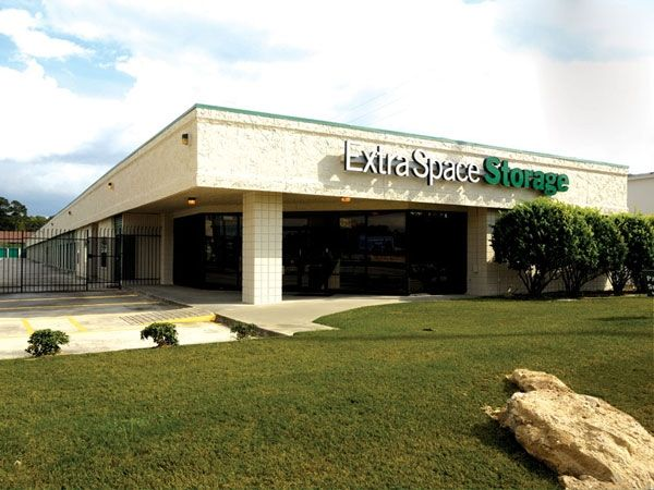 Extra Space Storage - Spring - I-45 North 25690 West Interstate 45 Service Road Spring, TX - Photo 0