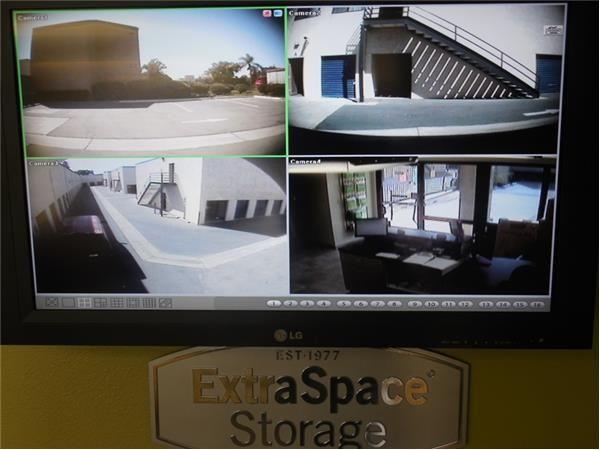 ... Extra Space Storage   Irvine   Construction Cr16242 Construction Circle  West   Irvine, ...