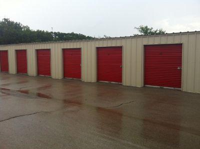 254-Storage 107 505 E Highway 84 Mcgregor, TX - Photo 0