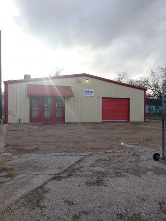 254-Storage 110 901 South 18th Street Waco, TX - Photo 2