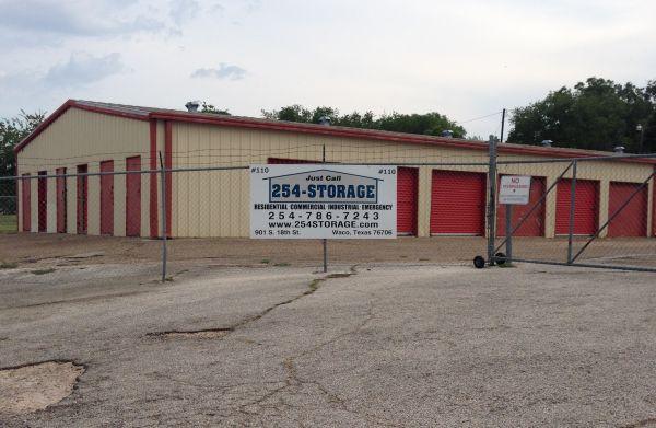 254-Storage 110 901 South 18th Street Waco, TX - Photo 0