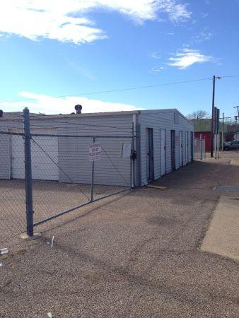 254-Storage 109 2424 Cole Avenue Waco, TX - Photo 1