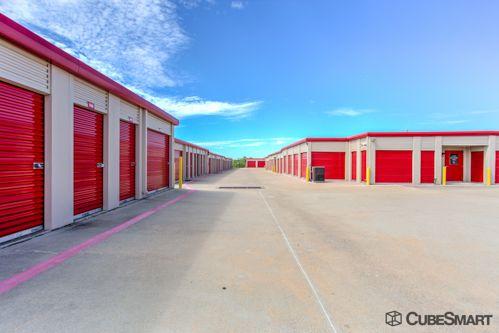 CubeSmart Self Storage - Fort Worth - 3969 Boat Club Rd 3969 Boat Club Rd Fort Worth, TX - Photo 5