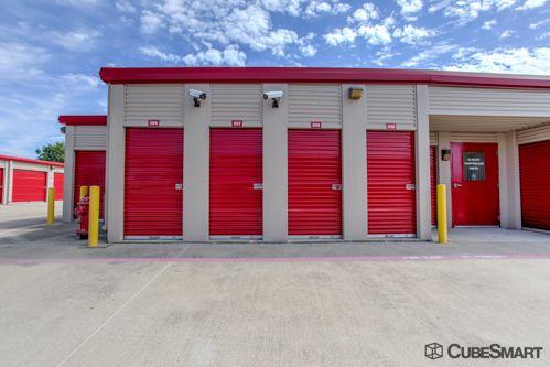 CubeSmart Self Storage - Fort Worth - 3969 Boat Club Rd 3969 Boat Club Rd Fort Worth, TX - Photo 8