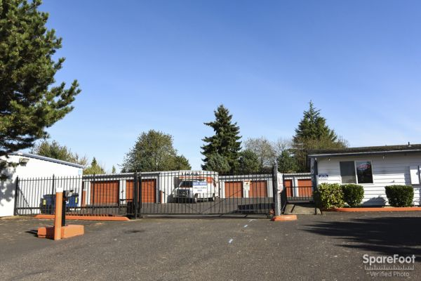 Hearthwood Additional Self Storage 505 SE Hearthwood Blvd Vancouver, WA - Photo 1