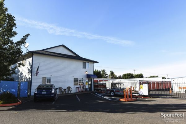 162nd Avenue Additional Self Storage 16300 NE 15 St.  Vancouver, WA - Photo 9