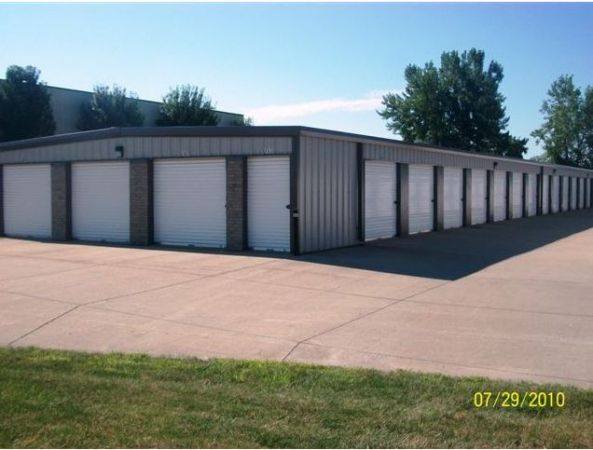 Ankeny Mini Storage 705 SE Dalbey Dr Ankeny, IA - Photo 1
