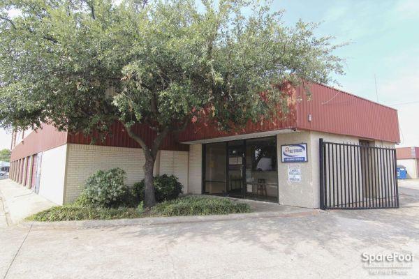 A-1 Absolute Self Storage - Crest Cove 539 Crestcove Dr Garland, TX - Photo 1
