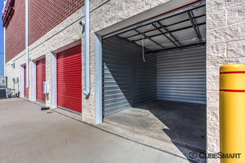 CubeSmart Self Storage - Dallas - 5818 Lyndon B Johnson Fwy 5818 Lyndon B Johnson Fwy Dallas, TX - Photo 9