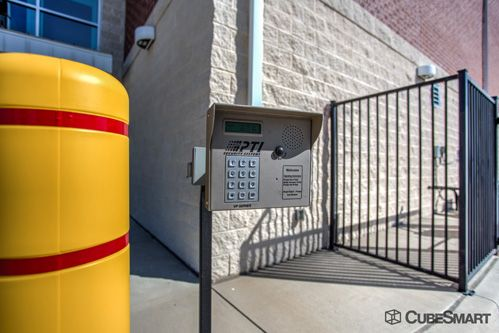 CubeSmart Self Storage - Dallas - 5818 Lyndon B Johnson Fwy 5818 Lyndon B Johnson Fwy Dallas, TX - Photo 12