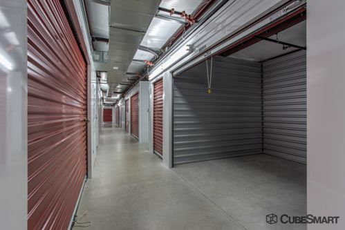 CubeSmart Self Storage - Fort Worth - 7201 North Fwy 7201 North Fwy Fort Worth, TX - Photo 4