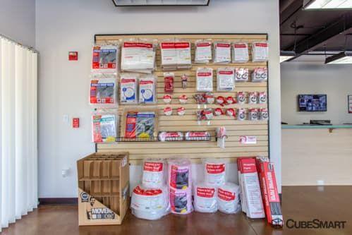 CubeSmart Self Storage - Fort Worth - 7201 North Fwy 7201 North Fwy Fort Worth, TX - Photo 2