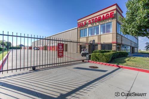 CubeSmart Self Storage - Fort Worth - 7201 North Fwy 7201 North Fwy Fort Worth, TX - Photo 6