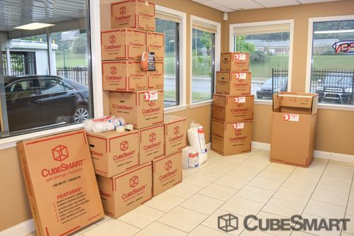 CubeSmart Self Storage - Chattanooga - 1346 Hickory Valley Rd 1346 Hickory Valley Rd Chattanooga, TN - Photo 4