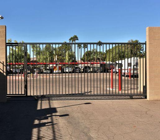 iStorage Mesa 2850 S Country Club Dr Mesa, AZ - Photo 4