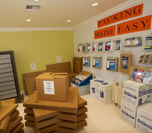 iStorage North Fort Myers East 14150 N Cleveland Ave North Fort Myers, FL - Photo 12
