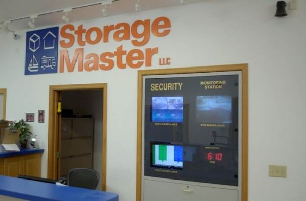Storage Master Caledonia 8600 Storage Drive Franksville, WI - Photo 4